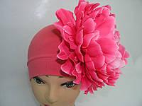 Шапочка коралловая с ярко- роз. пионом 20 см
