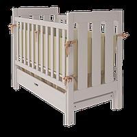 Детская кроватка для новорожденных «Oscar» с маятниковым механизмом и ящиком для белья ТМ Вудман белый