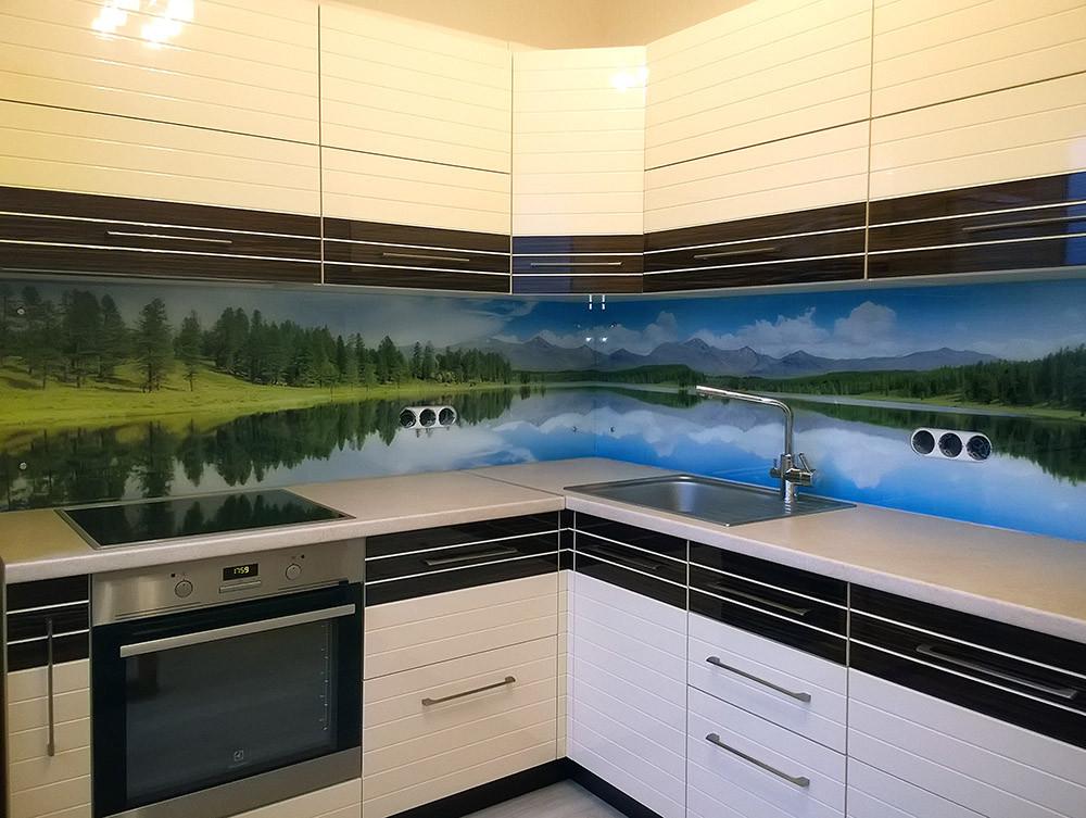 Фотопанель для кухни из стекла