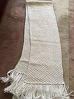 Шарф женский зимний вязанный белый ручной работы с кистями