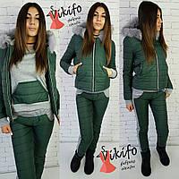 Теплый зимний костюм тройка: куртка, штаны и кофта, утеплен силиконом, мех натуральный. Зеленый цвет