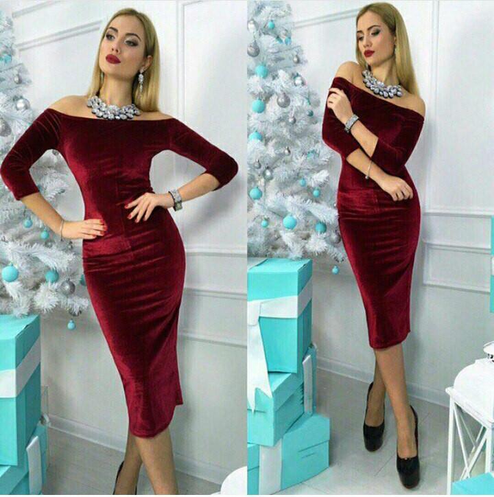 f9ece8a2256 Модное платье из бархата с открытыми плечами - Интернет-магазин одежды и  обуви от производителя