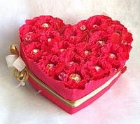 """Сердце из конфет """"Любовь"""""""