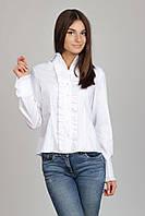 Белая женская блузка-рубашка с рюшами Р08
