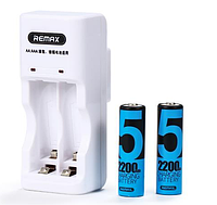 Зарядное для аккумуляторов AAA-AA Remax RT-DC01