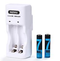 Зарядное для аккумуляторных батареек AA-AAA Remax RT-DC02