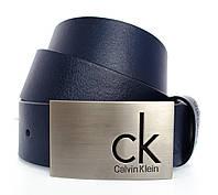 Стильный мужской кожаный ремень Calvin Klein в темно синем цвете под брюки или джинсы (11215)
