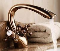 Смеситель кран для умывальника раковины в ванную двухвентильный розовое золото, фото 1