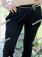 Женские капри черного цвета.
