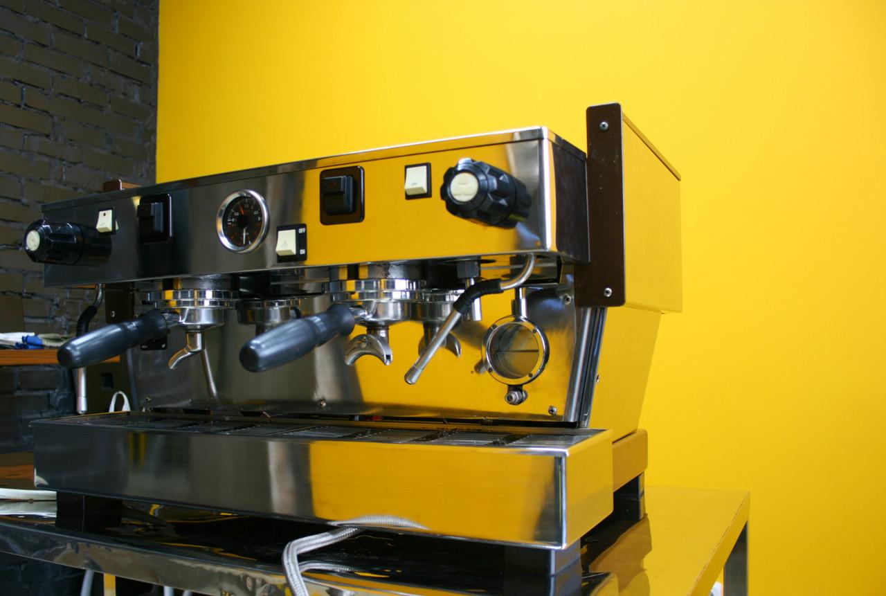 Кофемашина La Marzocco Linea 2gr (полуавтомат)