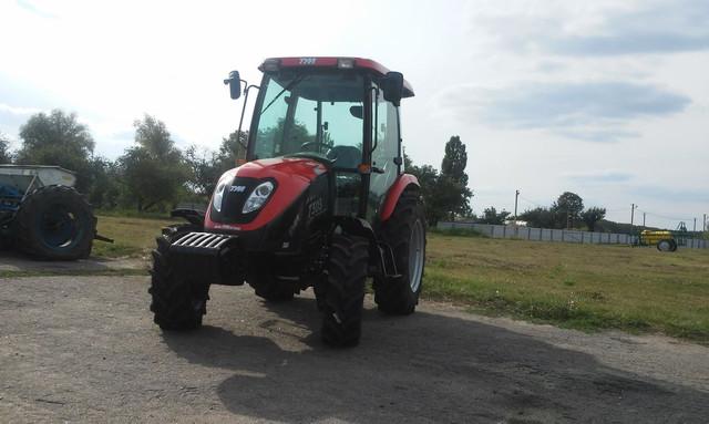 TYM представляет два новых трактора для фермеров