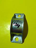 Втулка переднего стабилизатора левая L Mercedes r129/w124/w463 /w201 0140320060 Meyle