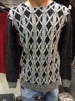 Мужской теплый свитер, серого и черного цвета