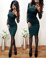Стильное облегающее гипюровое платье средней длины