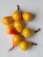 Груша  желтая, маленькое  2,5 см