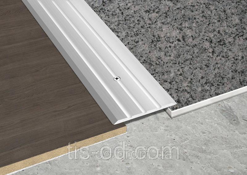 Рифленый профиль 40х3 мм (2.7м) плоский.