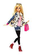 Кукла Барби Модница Делюкс (Barbie Style Floral Jacket DollBarbie® Style™ Doll - Faux Fur Fun), фото 1