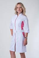 Красивый женский медицинский халат с розовыми вставками, на молнии