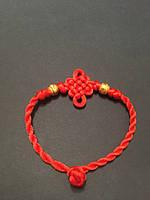 Браслет красная нить от сглаза со связанным мистическим денежным узлом бесконечности