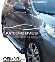 Защитные боковые подножки Honda CR-V 2016-2017 (в стиле BMW X5 Erkul)