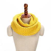 Стильный теплый вязанный женский шарф-хомут снуд с двойным типом вьязки горчичного цвета