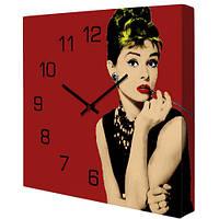 Красные настенные часы с Одри Хепбёрн