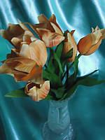 Букетик с тюльпанами