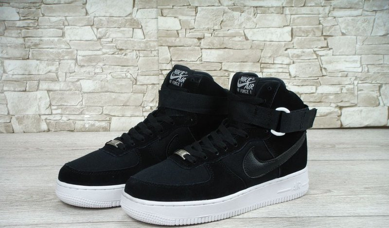 b8815df8 Кроссовки мужские Nike Air Force черные высокие с белой подошвой