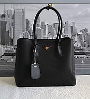 Модная женская сумка Прада
