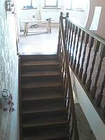 Лестница из дуба тонированная