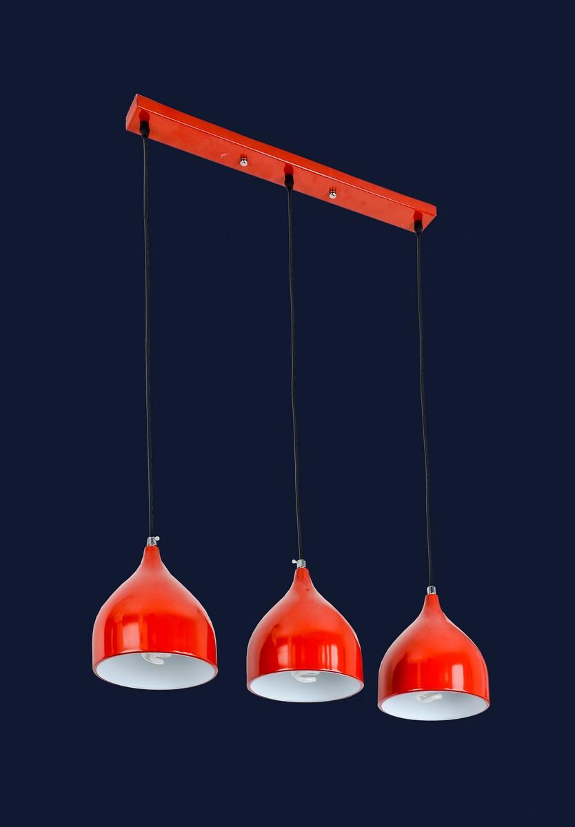 Красная подвесная люстра с направленным светом