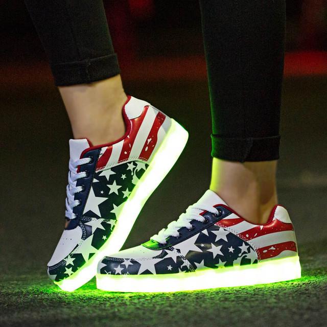 Светящиеся кроссовки (LED подсветка)