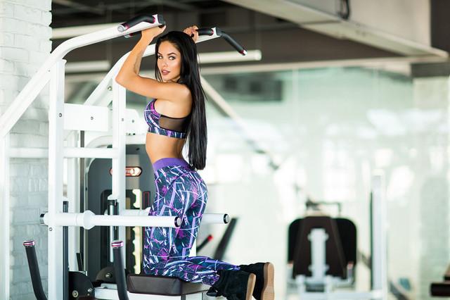 Abstract Violet костюм для фитнеса Designed For Fitness в шоу-руме на Театральной 0936562422