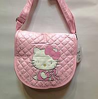 """Сумка детская """"Hello Kitty""""стёганная через плечо среднего размера"""