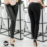 Женские комбинированные джинсы из коттона и экокожи. Модель 12674.