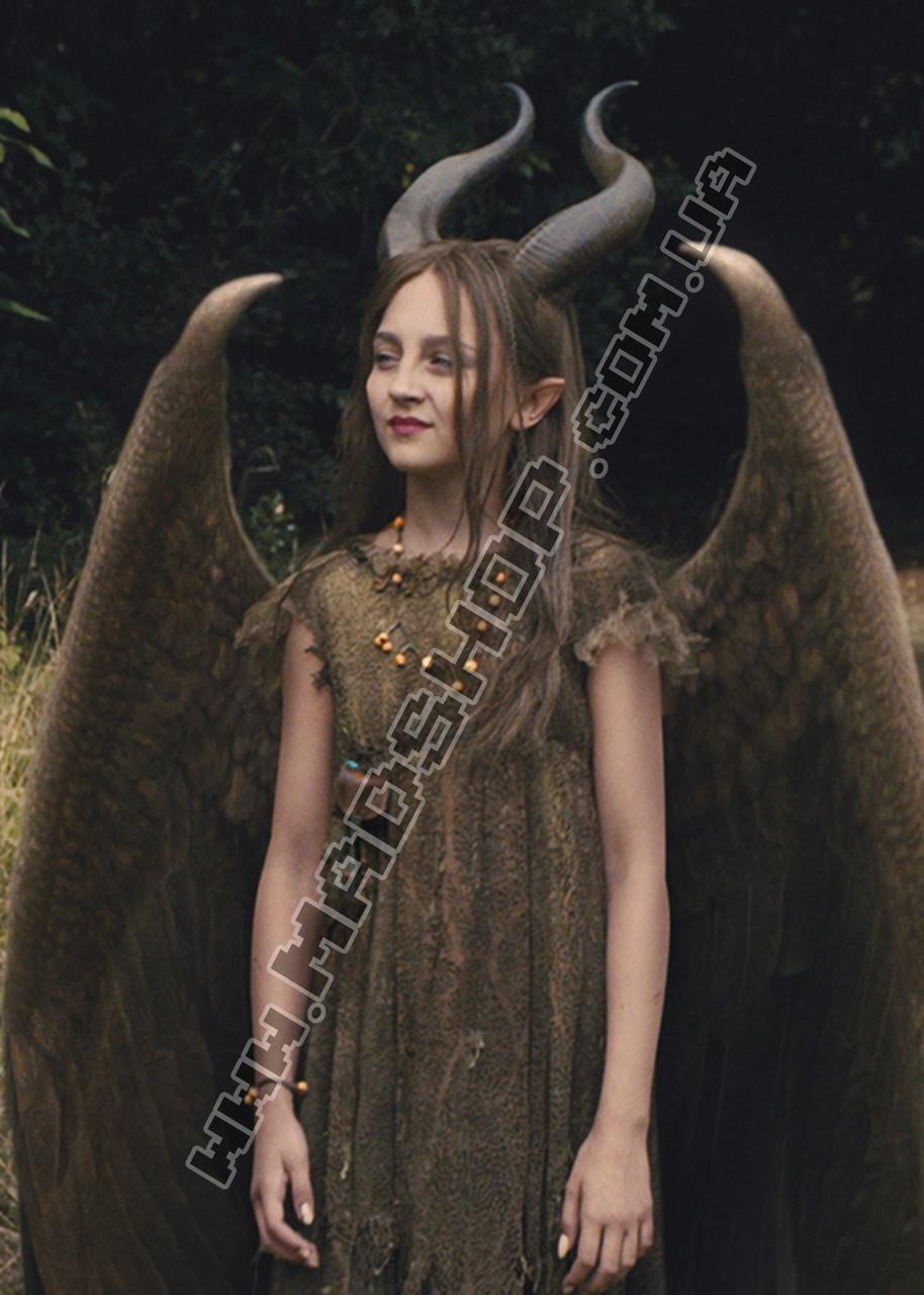 Картина 40х60 см Малефисента Девочка с рогами