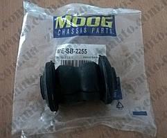 Сайлентблок переднего рычага передний Mercedes Vito W638 MOOG