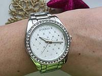 Часы женские Guess серебристые 2615