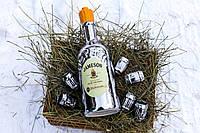 """Набор для алкогольных напитков который состоит из бутылки и 6 рюмок """"Jameson"""""""