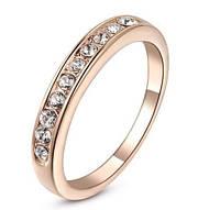 Позолоченное кольцо с австрийскими кристаллами р 19,20,22 код 193