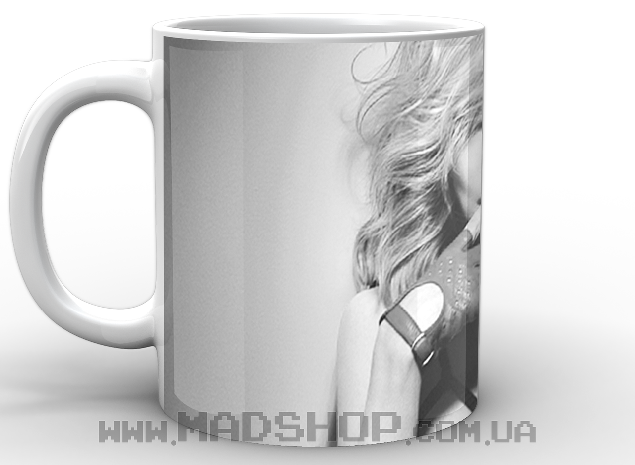 Кружка Мадонна в в черно белом