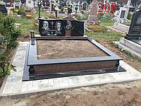 Памятник тройной (под захоронение)