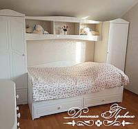 Детская в стиле Прованс. Кровать и два шкафа.