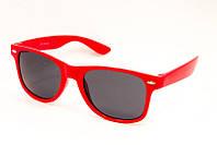 Качественные очки в красной оправе