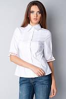 Белая женская блуза с вышивкой Р40