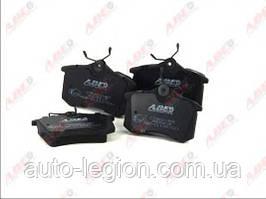 Гальмівні колодки задні VW Caddy III 1.6TDI / 1.9TDI / 2.0SDI / 2.0TDI 04- C2W001ABE ABE