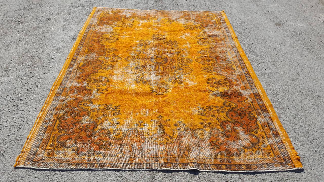 Штучно витертий класичний яскраво помаранчевий вінтажний килим