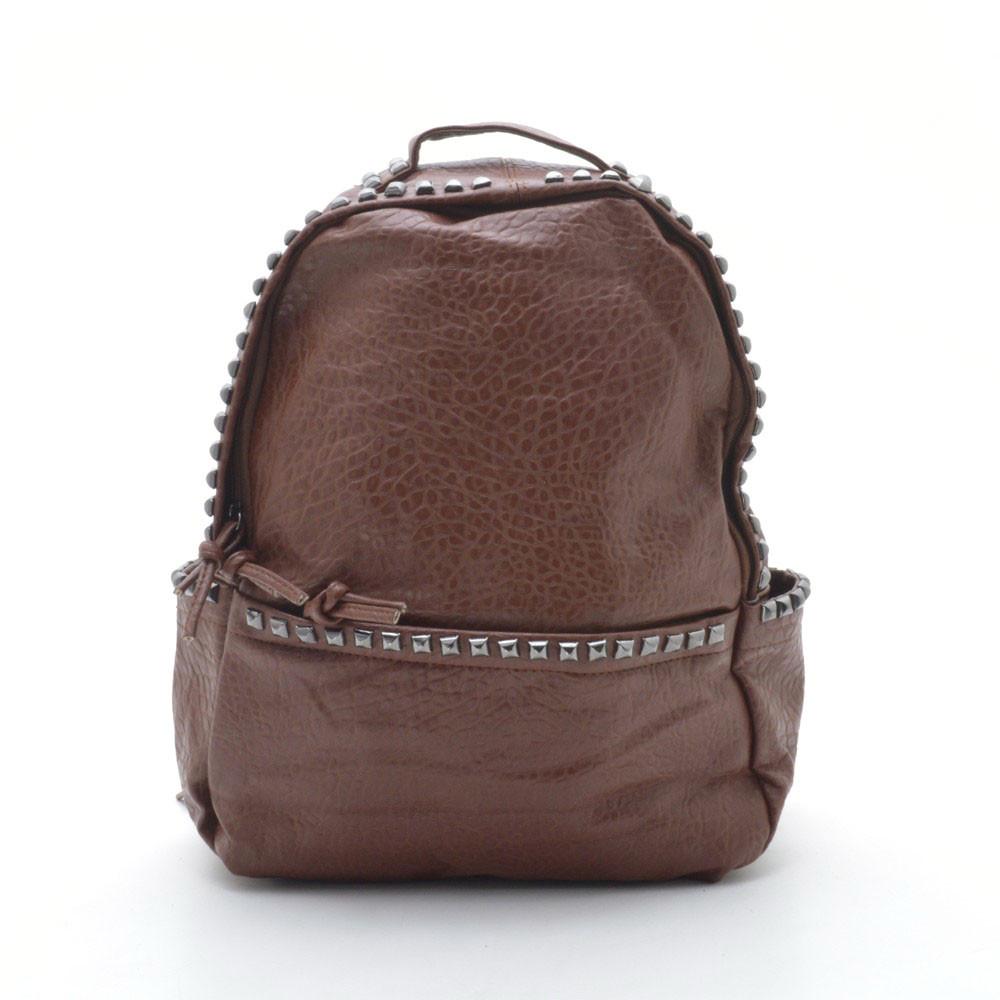 Стильный рюкзак для девушки с шипами