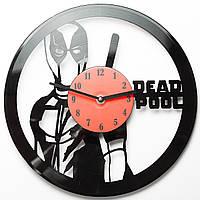 Часы виниловые Deadpool