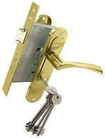 Комплект BRUNO 7055 (ручка на планке + сувальдный замок 969-55 + 5кл) пол латунь